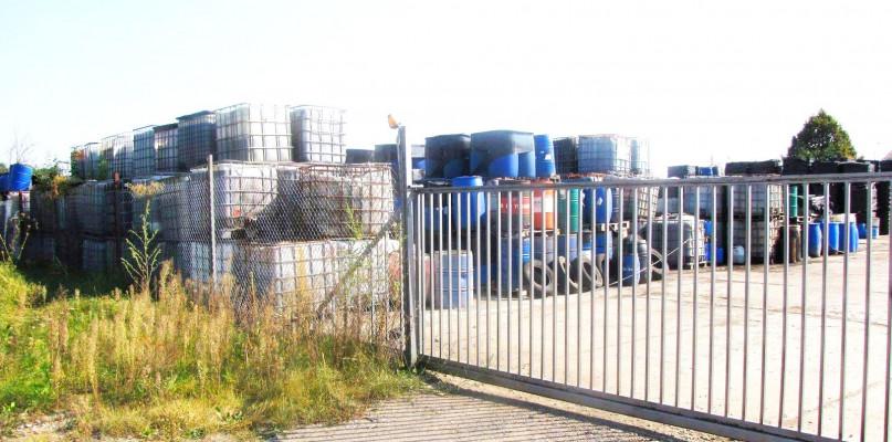 Fetor w Nowym Porcie. Przyczyną odpady z Gostynina? - Zdjęcie główne