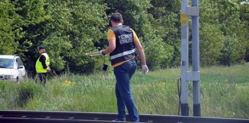 Na torach znaleziono zwłoki: nie wiadomo kim jest ofiara - Zdjęcie główne