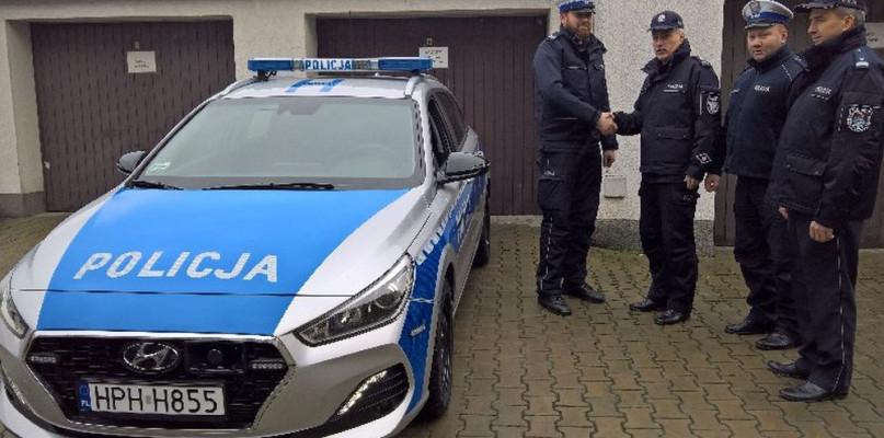 Nowy radiowóz dla policji - Zdjęcie główne