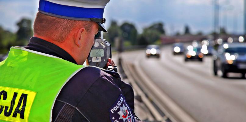 Utrata prawa jazdy za przekroczenie dozwolonej prędkości - Zdjęcie główne