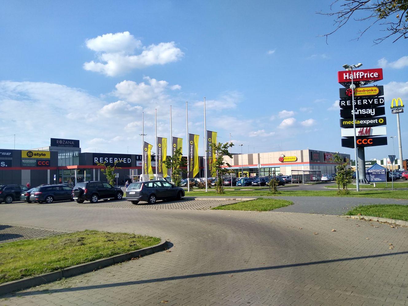 Nowy sklep w kutnowskiej galerii. Jaki i co w nim kupimy? [ZDJĘCIA] - Zdjęcie główne