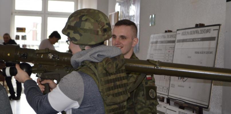 Trwa tegoroczna kwalifikacja wojskowa - Zdjęcie główne