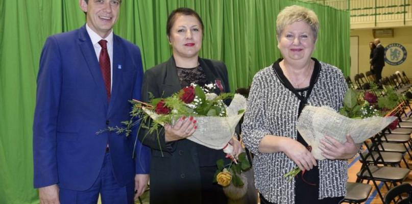 Gostynińskie nauczycielki odznaczone w Kuratorium Oświaty - Zdjęcie główne
