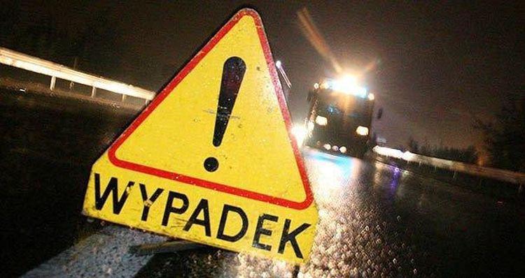 """""""Czołówka"""" na DK 60: droga zablokowana, dwie osoby ranne - Zdjęcie główne"""