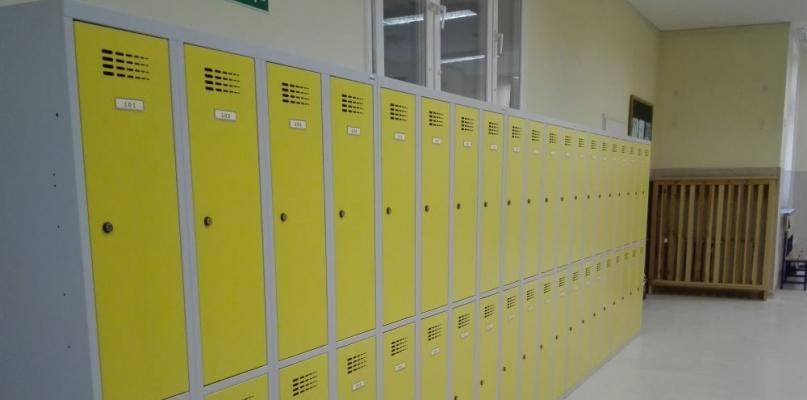 Uczniowie gostynińskich podstawówek mają już swoje szafki - Zdjęcie główne