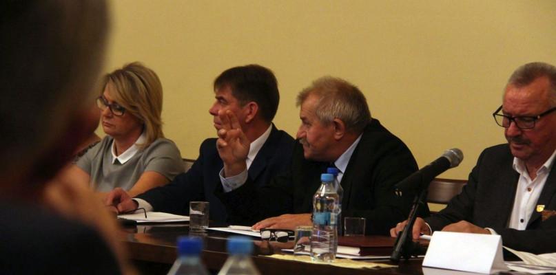 Komisje Rady Powiatu w rękach PSL i IdG - Zdjęcie główne