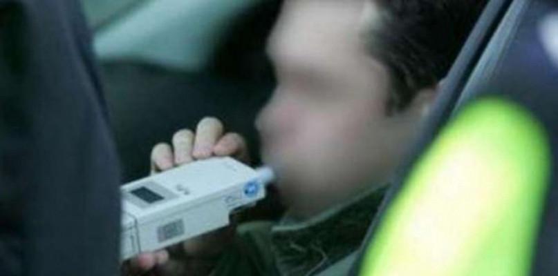 Pijany, bez uprawnień, przewoził za dużo pasażerów - Zdjęcie główne