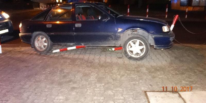 Pijany w sztok kierowca niemal przejechał pieszą. Miał ponad 3,5 promila [ZDJĘCIA] - Zdjęcie główne