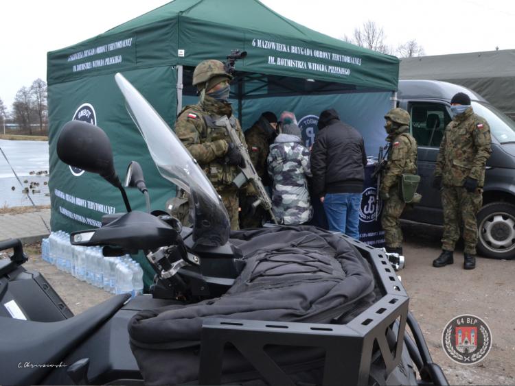 [ZDJĘCIA] Terytorialsi z Płocka ćwiczyli w Gostyninie - Zdjęcie główne