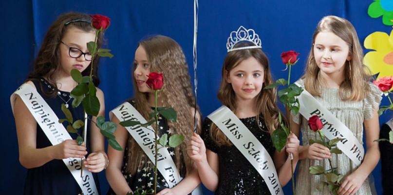 Wybory Miss Szkoły - Zdjęcie główne