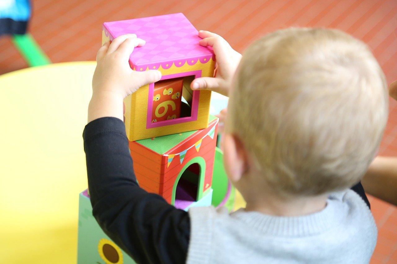 1000 plus lub 400 plus na dziecko: nowy pomysł rządu na zwiększenie dzietności. Kiedy wejdzie w życie? - Zdjęcie główne