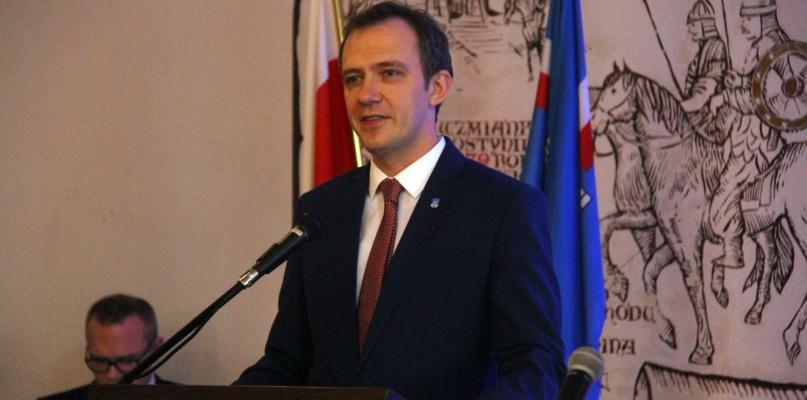 Burmistrz złożył ślubowanie [FOTO] - Zdjęcie główne