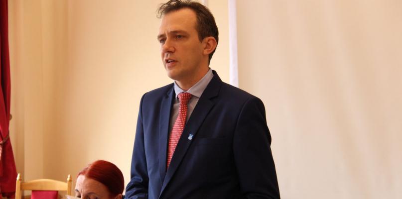 Kalinowski obronił fotel burmistrza! - Zdjęcie główne