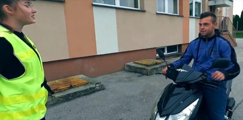 Uczennice ze Szczawina nakręciły film. Pomóż im wygrać konkurs - Zdjęcie główne