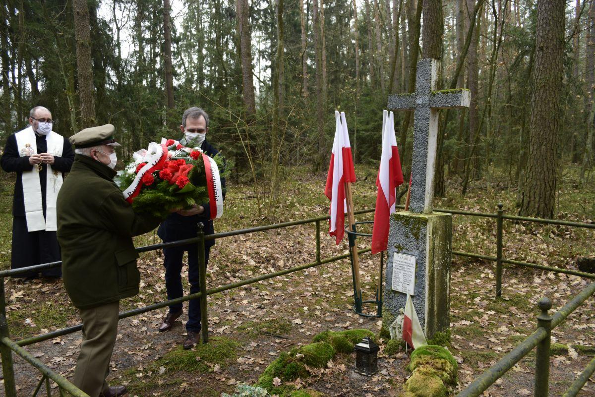[ZDJĘCIA] 81. rocznica zamordowania mieszkańców Gostynina i okolic - Zdjęcie główne