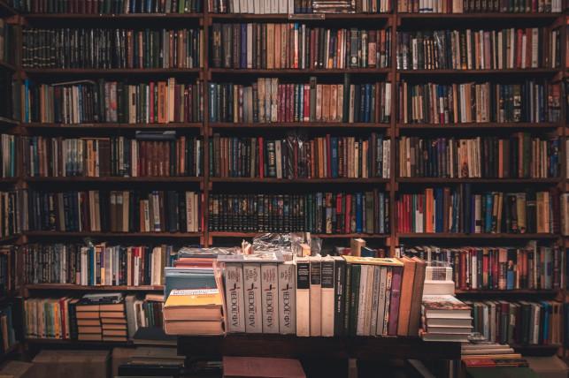 Sklep z tanimi książkami używanymi najlepszym miejscem na kupno i sprzedaż! - Zdjęcie główne