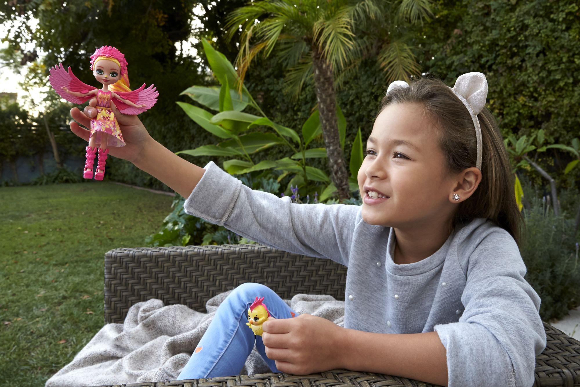 Jestem na pTAK z Enchantimals! Czyli dzieciaki dokarmiają ptaki - Zdjęcie główne