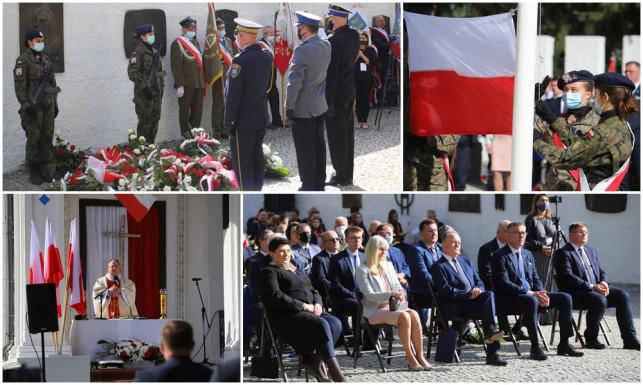 [ZDJĘCIA] Pamiętali o bohaterach Bitwy nad Bzurą - Zdjęcie główne