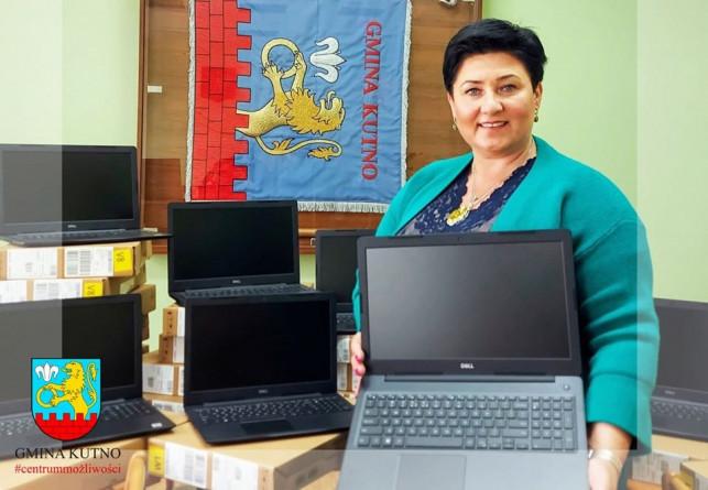 Gmina pozyskała kasę na laptopy. Trafią do uczniów z rodzin wielodzietnych - Zdjęcie główne