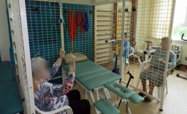Ucieczka z kutnowskiego szpitala. Pacjent ZOL-u wyszedł... na zakupy, pomogli strażnicy - Zdjęcie główne