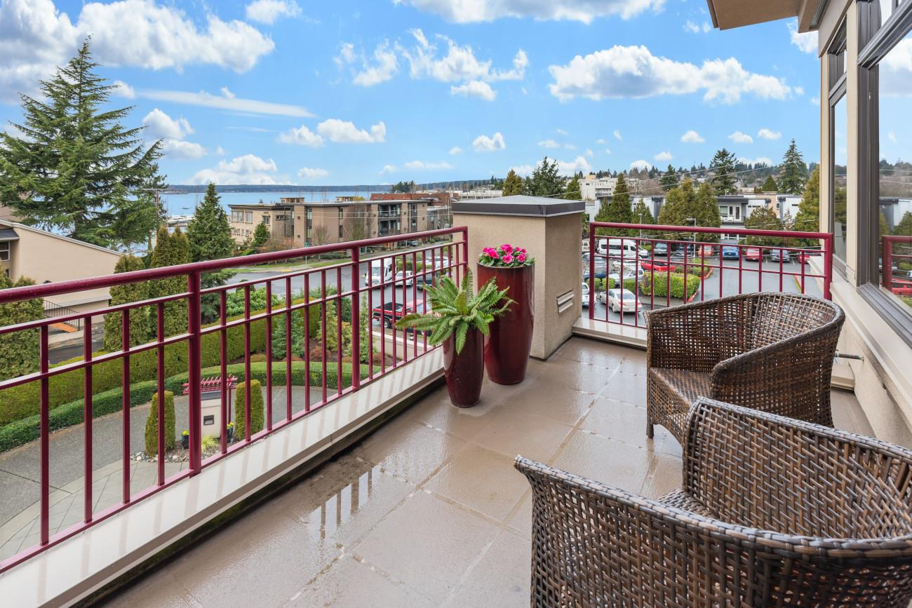 Top 5 najpiękniejszych roślin o zwisającym pokroju na taras i balkon, czyli jak stworzyć aranżację w romantycznym stylu - Zdjęcie główne