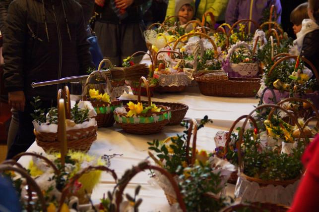 Wielkanoc w reżimie sanitarnym. Niemal na pewno będą limity gości - Zdjęcie główne