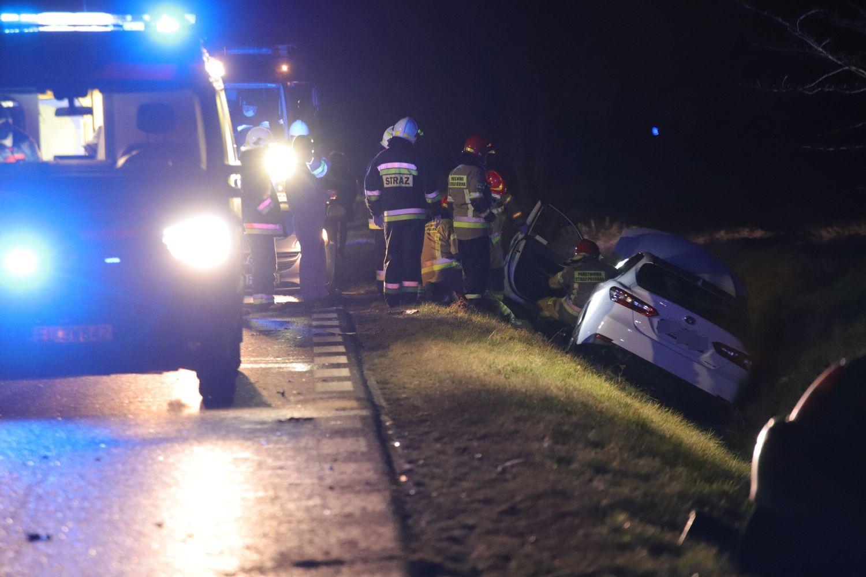 Policja komentuje wypadek między Kutnem a Piątkiem: sprawca był pijany - Zdjęcie główne