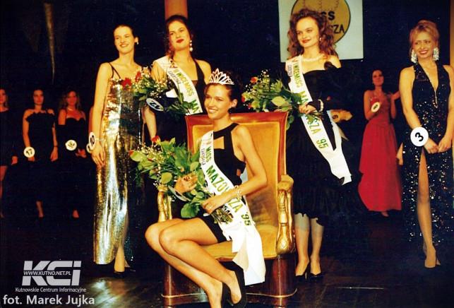 Środy z historią: Kutnowskie lata '90 V - wydarzenia [GALERIA] - Zdjęcie główne