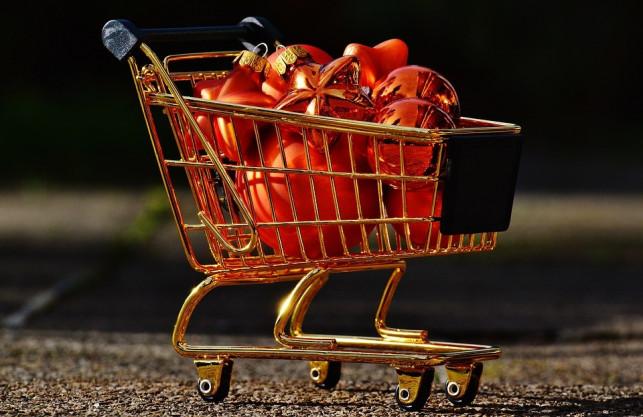 Policja ostrzega: uważajmy podczas przedświątecznych zakupów! - Zdjęcie główne