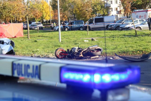 [AKUTALIZACJA, ZDJĘCIA] Śmiertelny wypadek na Grunwaldzkiej. Nie żyje młody motocyklista - Zdjęcie główne
