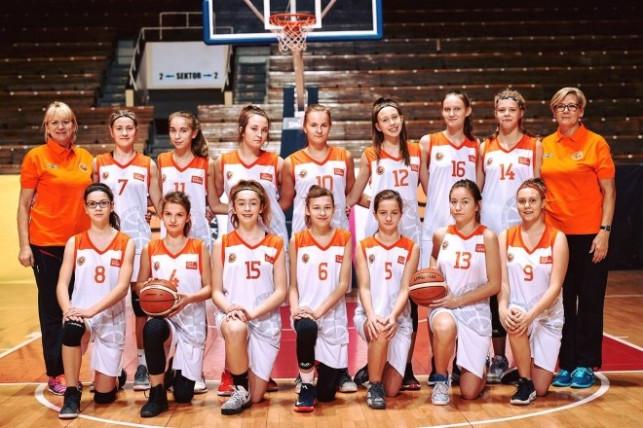 Młodziczki KKS-u na turnieju Ogólnopolskiej Olimpiady Młodzieży - Zdjęcie główne