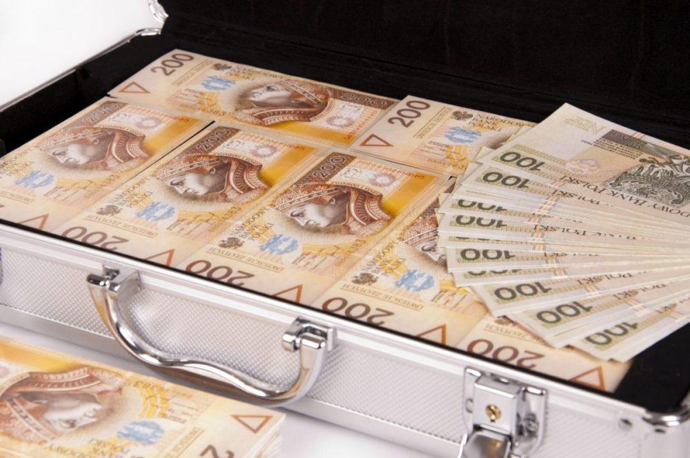 Oto lista najbogatszych Polaków. W zestawieniu 11 potentatów z regionu i jeden kutnianin - Zdjęcie główne