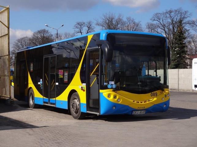 """Dzieci autobusami pojadą za darmo? """"Trzeba to natychmiast wprowadzić!"""" - Zdjęcie główne"""