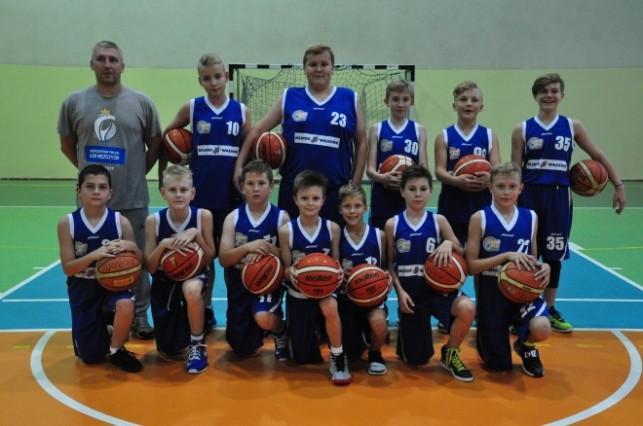 Młodzicy Młodsi KKS-u ustąpili drużynie ze Skierniewic  - Zdjęcie główne