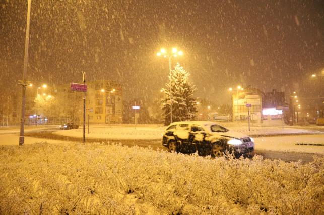 Łowcy burz ostrzegają województwo i powiat kutnowski. Będzie bardzo zimno, możliwe śnieżyce - Zdjęcie główne