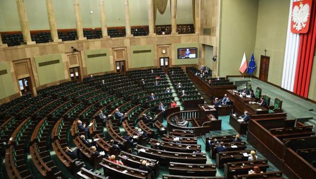 Sejm przeciwny senatowi: Wybory jednak korespondencyjnie. Tylko kiedy? - Zdjęcie główne