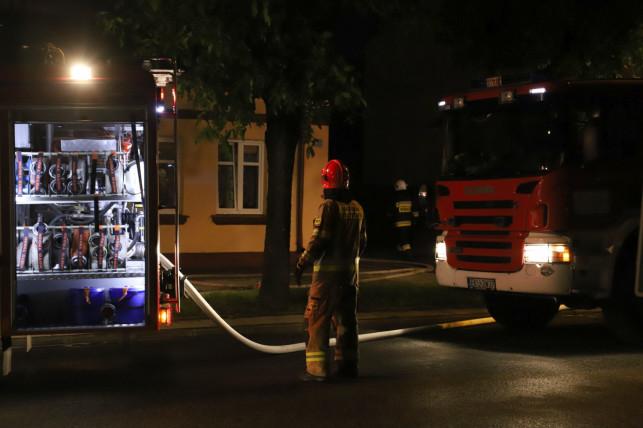 [AKTUALIZACJA] Pożar przy ul. 29 Listopada. Wiadomo, co było przyczyną - Zdjęcie główne