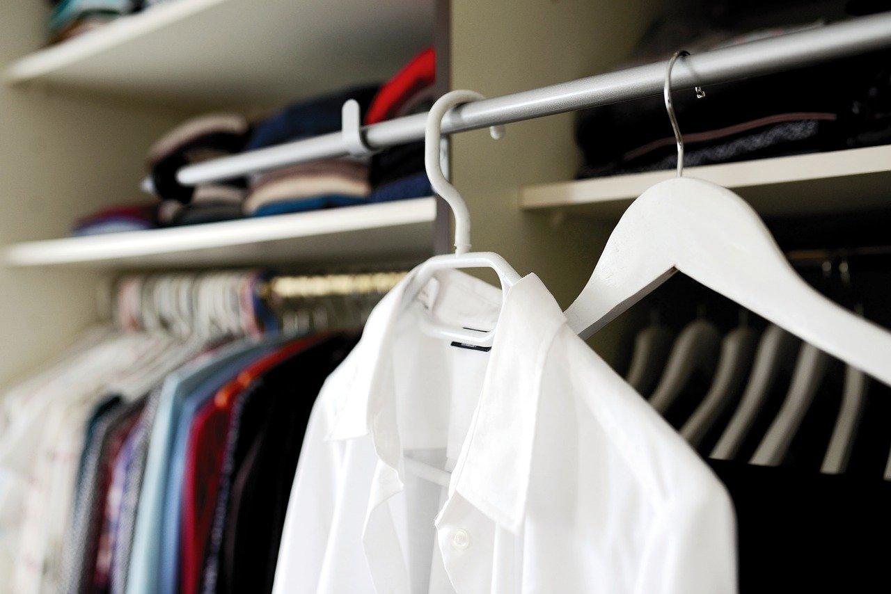 Szafa pełna ubrań, których nie nosisz? Kutnowski Dom Kultury ma na to sposób - Zdjęcie główne