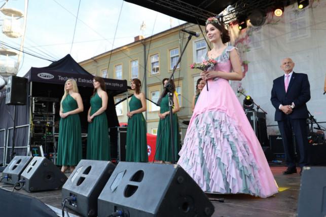 Kutno: Zbliża się Święto Róży. Organizatorzy szukają Królowej - Zdjęcie główne