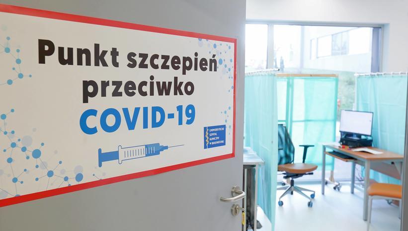 Powiat kutnowski otwiera masowy punkt szczepień. Będzie można zaszczepić 2,5 tys. osób tygodniowo - Zdjęcie główne