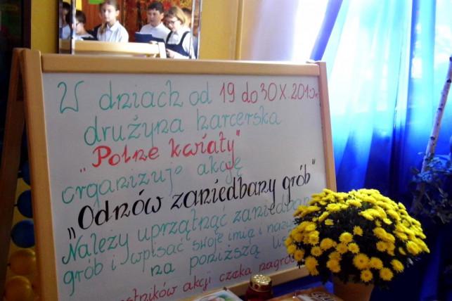 """""""Zadbamy o opuszczone groby!"""". Akcja harcerzy i zuchów w szkole w Szewcach Nadolnych - Zdjęcie główne"""