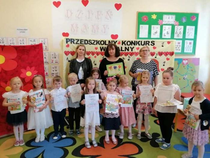 Rozśpiewane dzieciaki z kutnowskiego przedszkola! Wychowawcy zorganizowali dla nich konkurs [ZDJĘCIA] - Zdjęcie główne