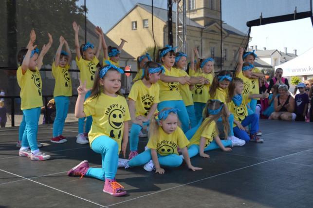KDK tańczy, śpiewa i gra! - Zdjęcie główne