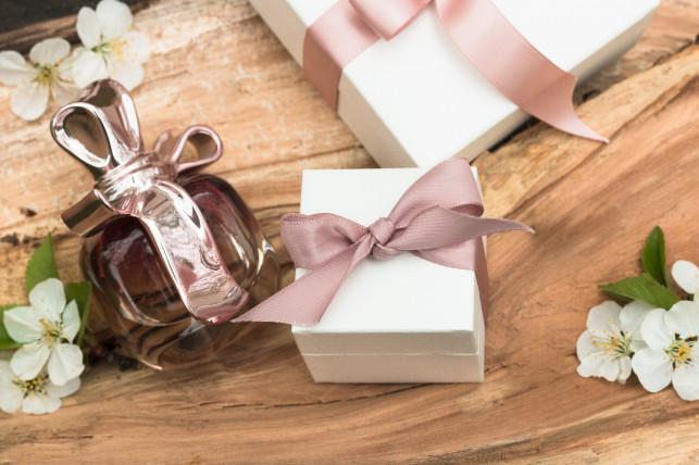 3 najlepsze pomysły na prezent z okazji ślubu - Zdjęcie główne