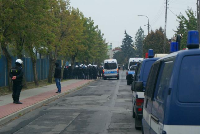 Piłkarska święta wojna przy Kościuszki. Obyło się bez przelewu krwi - Zdjęcie główne