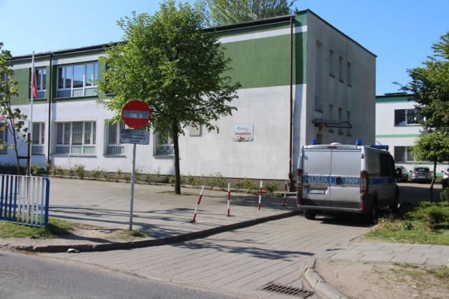 Alarmy bombowe w kutnowskich szkołach. Stoją za nimi rosyjskie służby specjalne?! - Zdjęcie główne