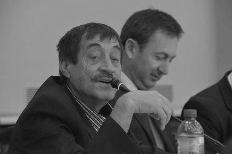 Zmarł Edward Książek, wieloletni radny Rady Miasta - Zdjęcie główne