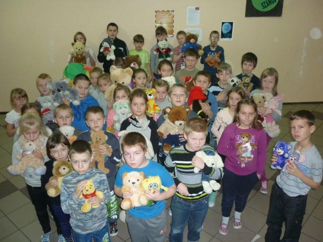 Dzień Pluszowego Misia w ZS w Byszewie - Zdjęcie główne
