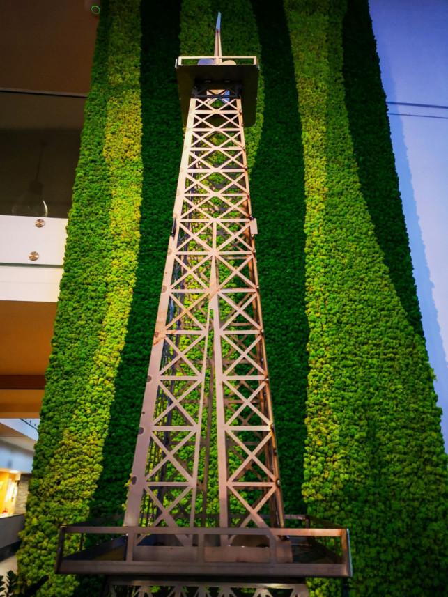 """[ZDJĘCIA] Kutnowska wieża Eiffla sprzedana! Nowy właściciel: """"Będzie dostępna dla wszystkich"""" - Zdjęcie główne"""