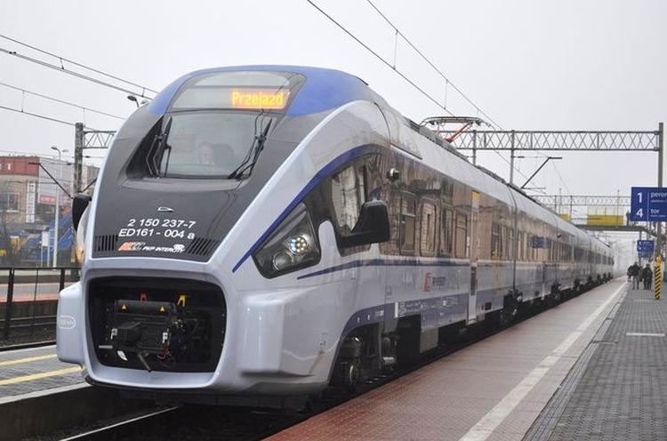 Będzie korekta w rozkładzie PKP Intercity. Pasażerowie z Kutna muszą przygotować się na zmiany - Zdjęcie główne